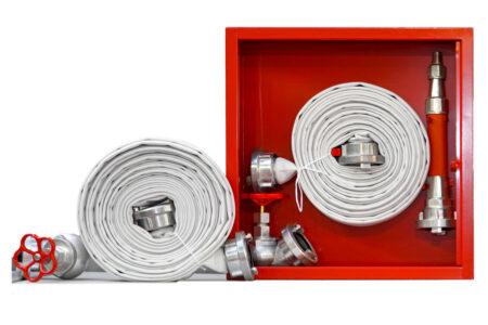 Materiale pompieristico: Naspi antincendio e idranti